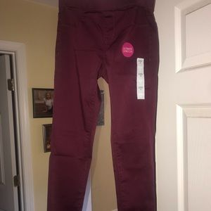 Other - Brand new maroon stretch jeans